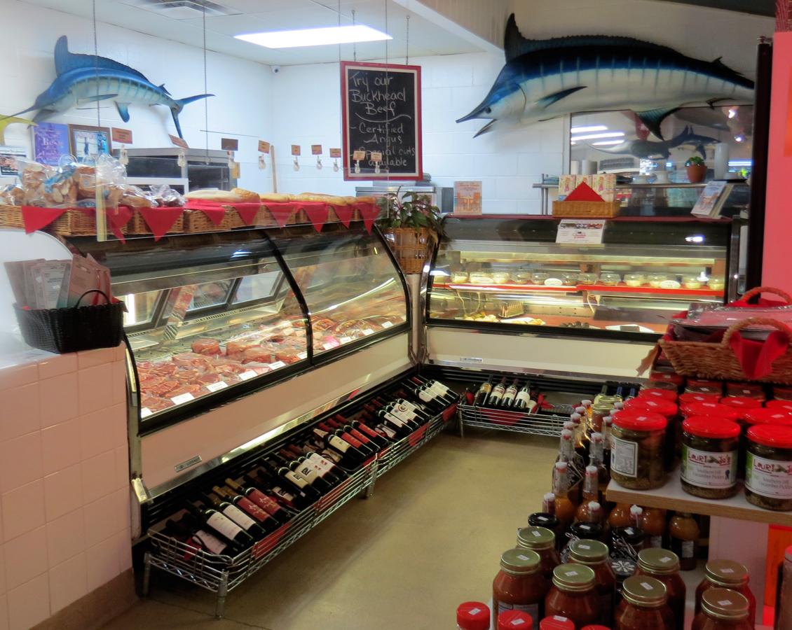 Midlife snowbird, Destin Ice fish market