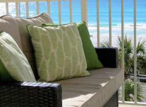 what to look for in snowbird rental, balcony, patio furniture, ocean view